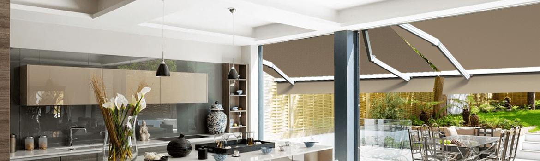 tout savoir sur le store banne monobloc saturne. Black Bedroom Furniture Sets. Home Design Ideas
